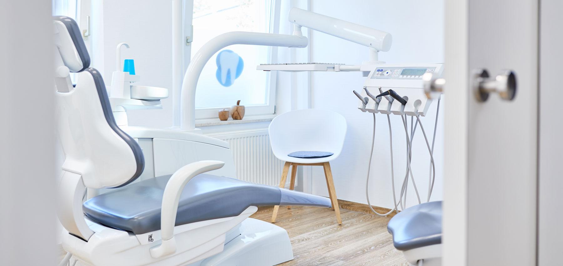 Zahnärzte Hübner – Meckenbeuren - Parodontitis 1
